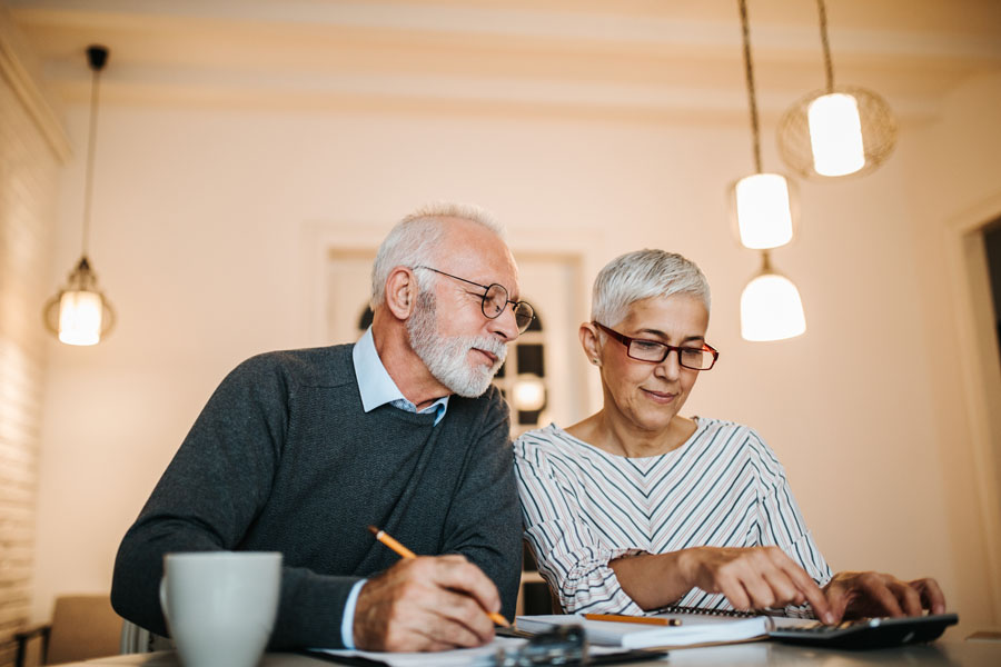 Flexible Spending Account - Couple Planning Out Health Expenses for the Year